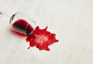 Αιμορραγία κατά την αφόδευση: Τι σημαίνει και τι πρέπει να προσέξουμε
